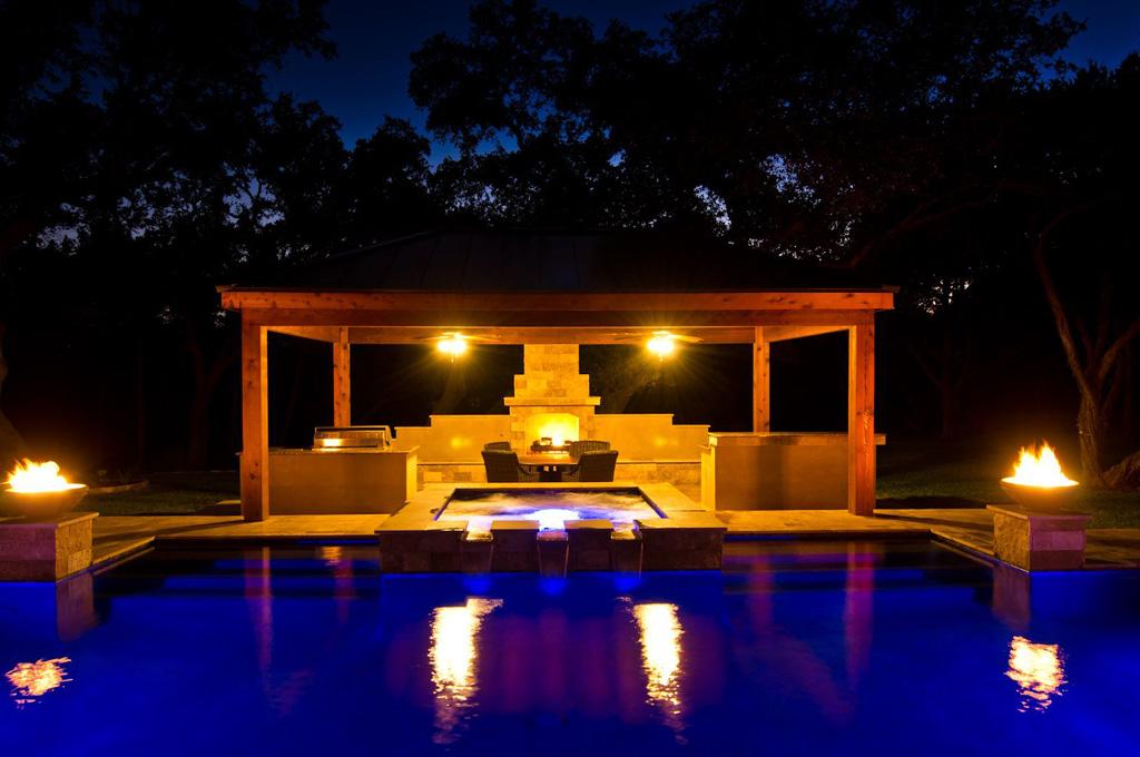 Pool LED lighting make a stunning pergola